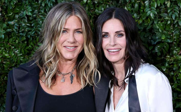 Jennifer Aniston to be Courteney Cox's maid of honour
