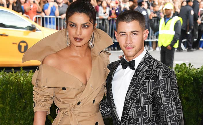 Priyanka Chopra, Nick Jonas spotted hand-in-hand at his cousin's wedding. See pics