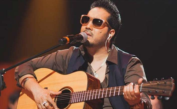 I don?t belong to category of superstars: Mika Singh