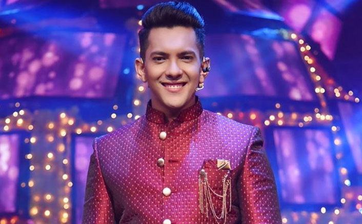 Aditya Narayan Have Finished All Savings Have Only 18 000 Left